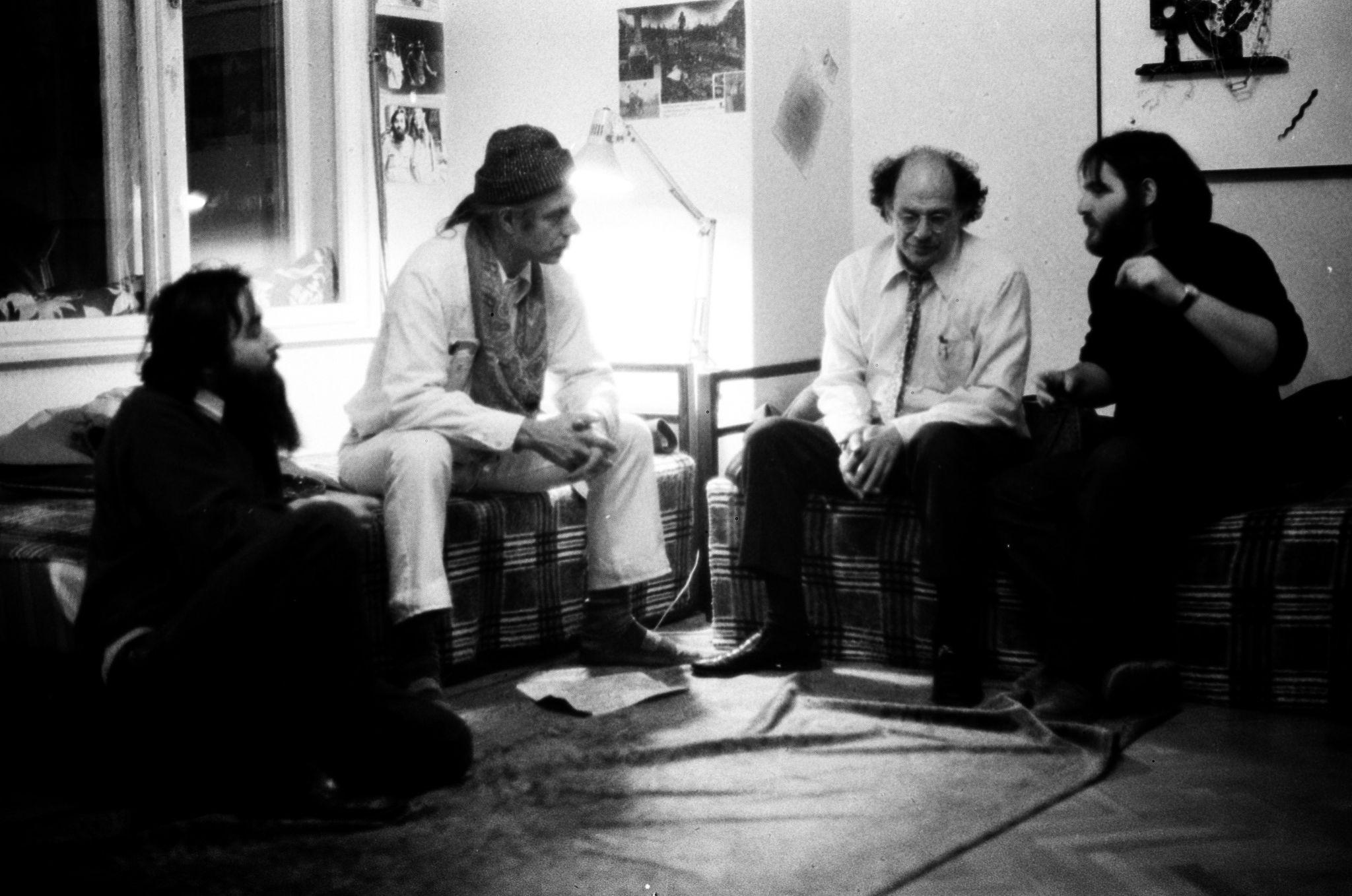 VAR jun 18_21_a kolteszet_Ginsberg